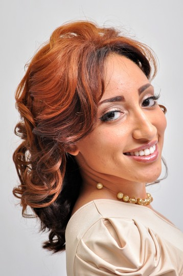 Page Veronica Cosmetologist Book Online With Styleseat