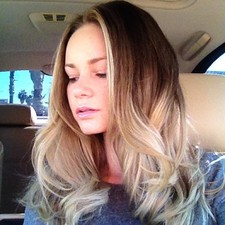 Hair Style Seat : ... Color / Cut / Style Light Weave Ombre Hair Style #HairByCindyThongs