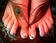 Feather/ dream catcher toes!