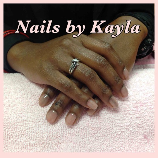 Natural looking gel mani