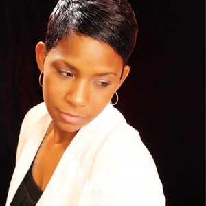 MZ. KELLY(Hair Stylist & Essations Educator) Specialize in short styles & healthy hair's photo