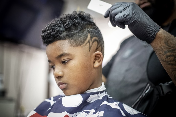 Poe The Barber Barber Book Online With Styleseat
